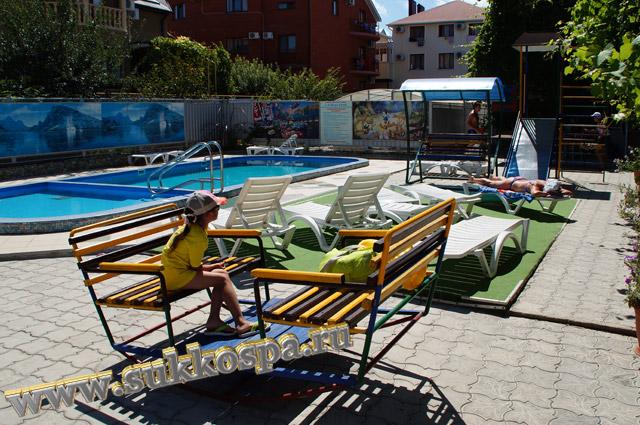 """Витязево гостевой дом """"Лидия"""" зона отдыха"""